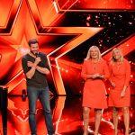 """Das Supertalent 2017 Show 5 - Jörg Lornsen mit den """"Ratiopharm""""-Zwillingen Maren Zuppke und Kathrin Krabsch"""