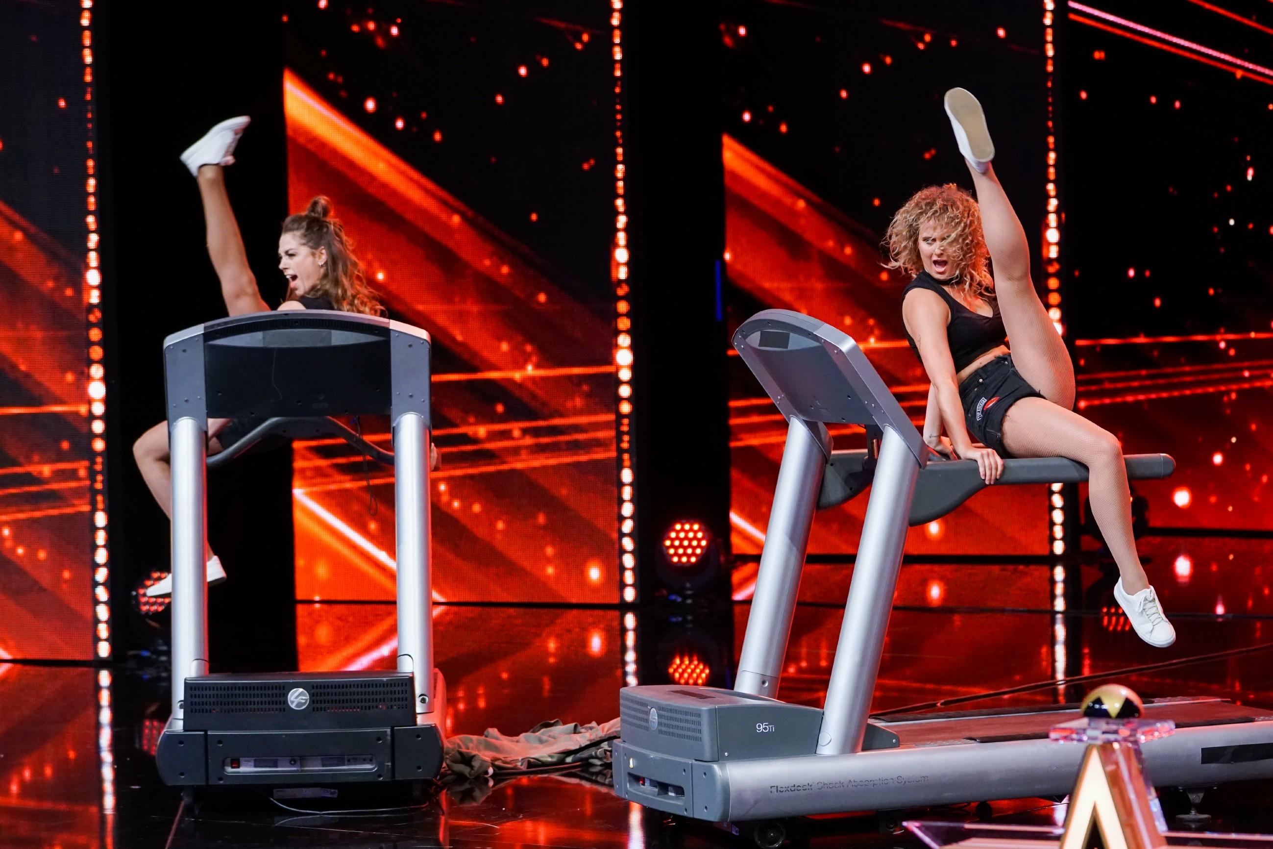 Das Supertalent 2017 Show 9 - Kimberley Leenders und Kim Chaudron