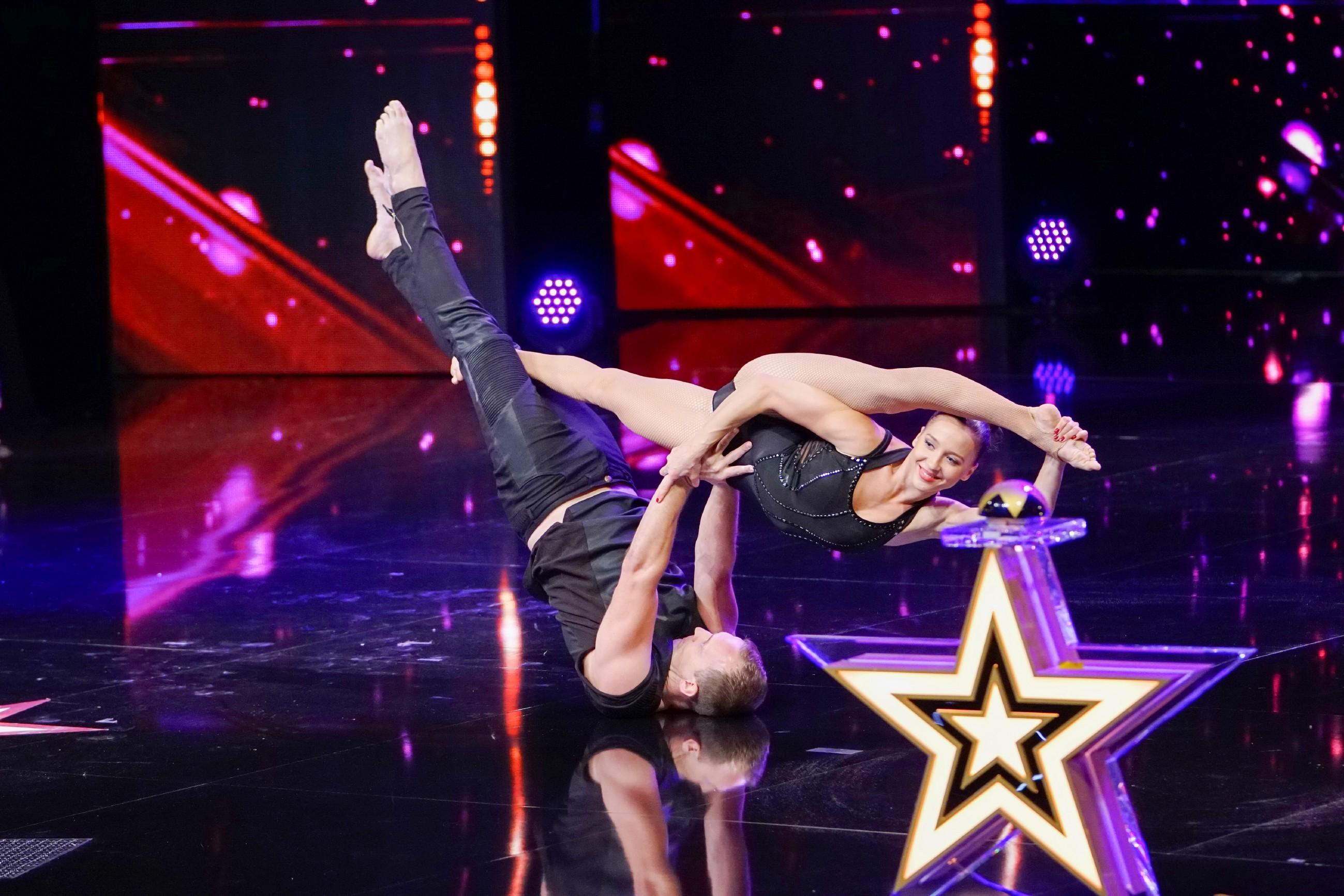 Das Supertalent 2017 Show 9 - Dmitriy Bogodist und Kateryna Kalyata