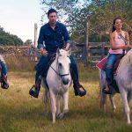 Der Bachelor 2018 Folge 6 - Samira, Kristina und Daniel beim Reiten durch Texas