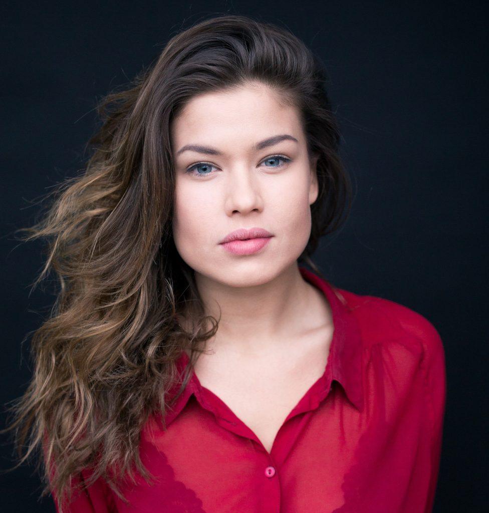 "Sharon Berlinghoff als Vivien Köhler in der RTL-Soap ""Unter uns""."