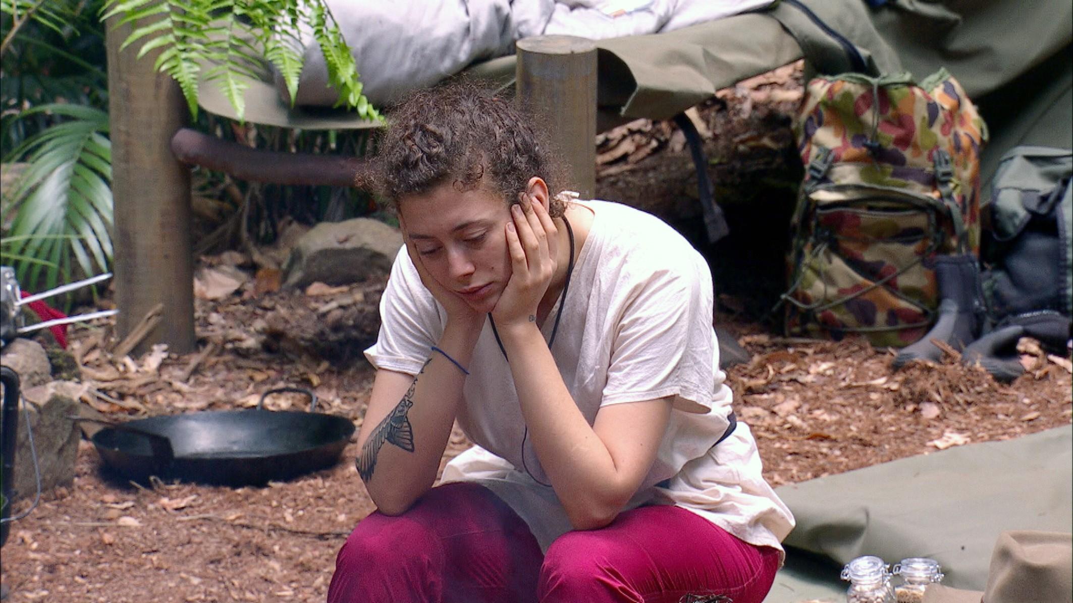 Dschungelcamp 2019 Tag 3 - Leila Lowfire ist genervt