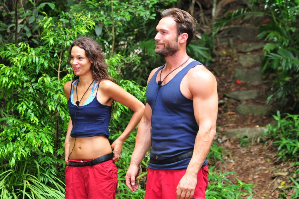 """Tag 6 - Dschungelprüfung """"Spülhölle"""". Zum zweiten Mal muss das Null-Sterne-Team Gisele Oppermann und Bastian Yotta zur Dschungelprüfung antreten."""