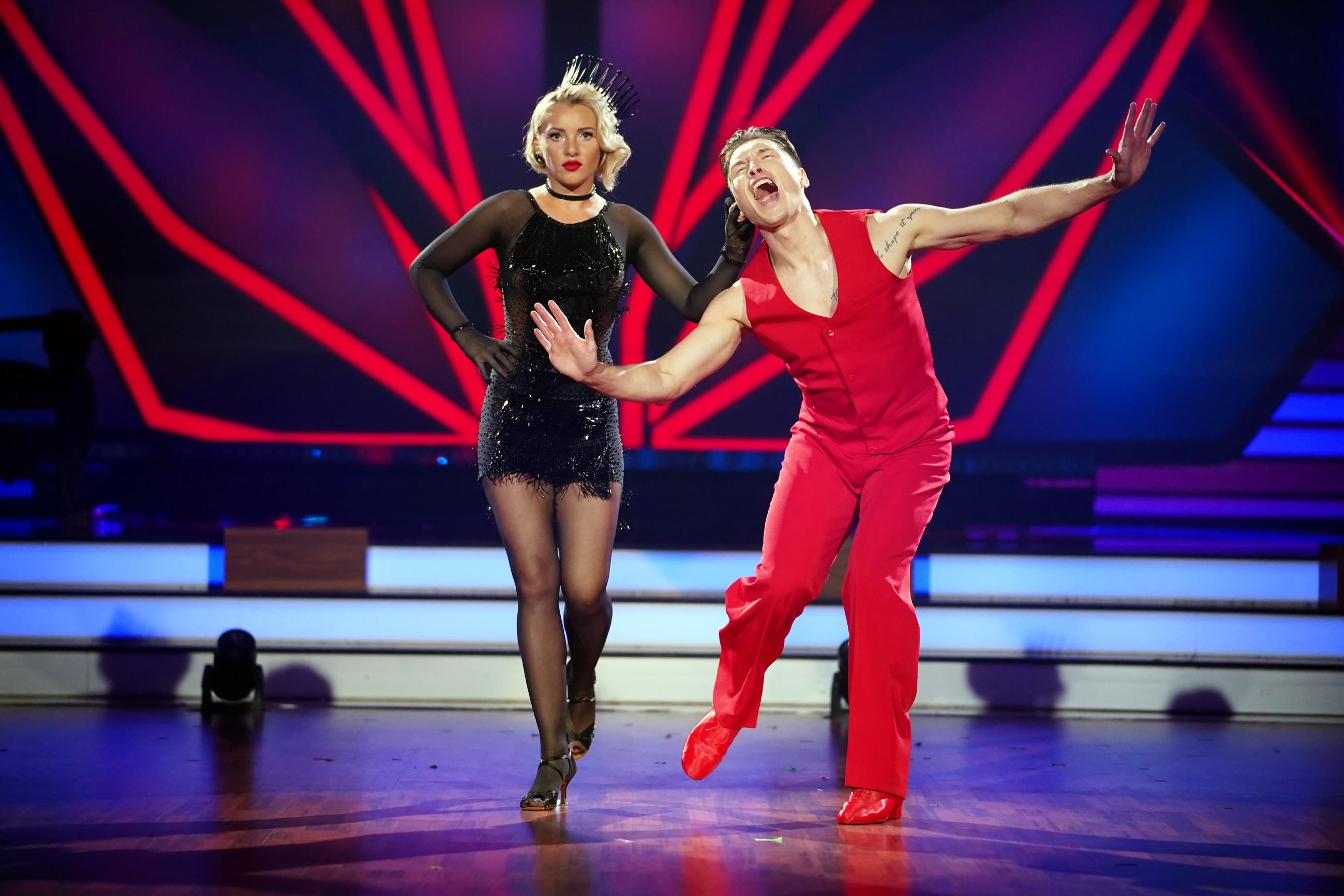Evelyn Burdecki und Evgeny Vinokurov tanzen Charleston