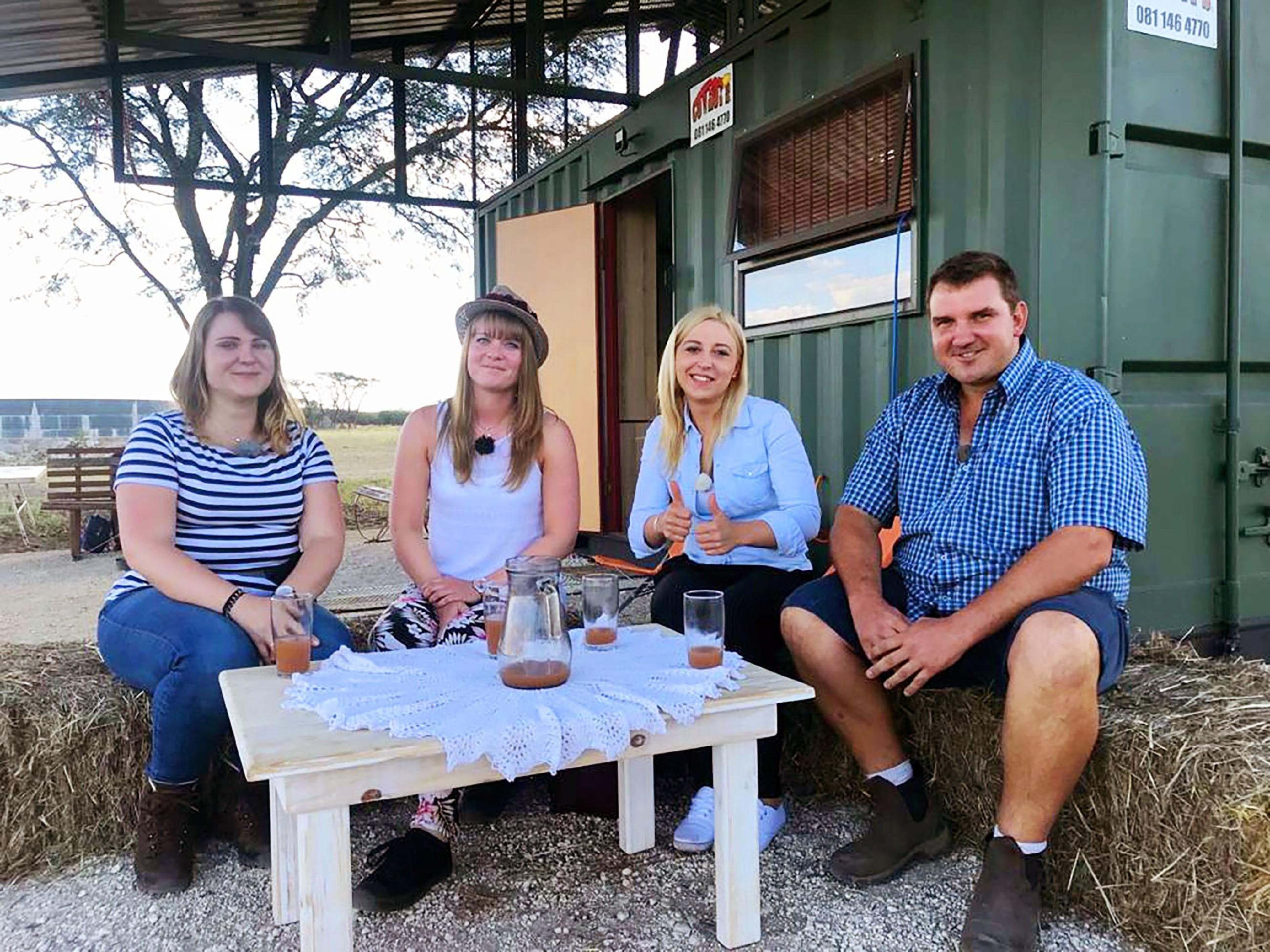 Stefan mit Larissa, Svenja und Justine