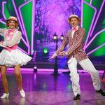 Ella Endlich und Valentin Lusin tanzen Charleston