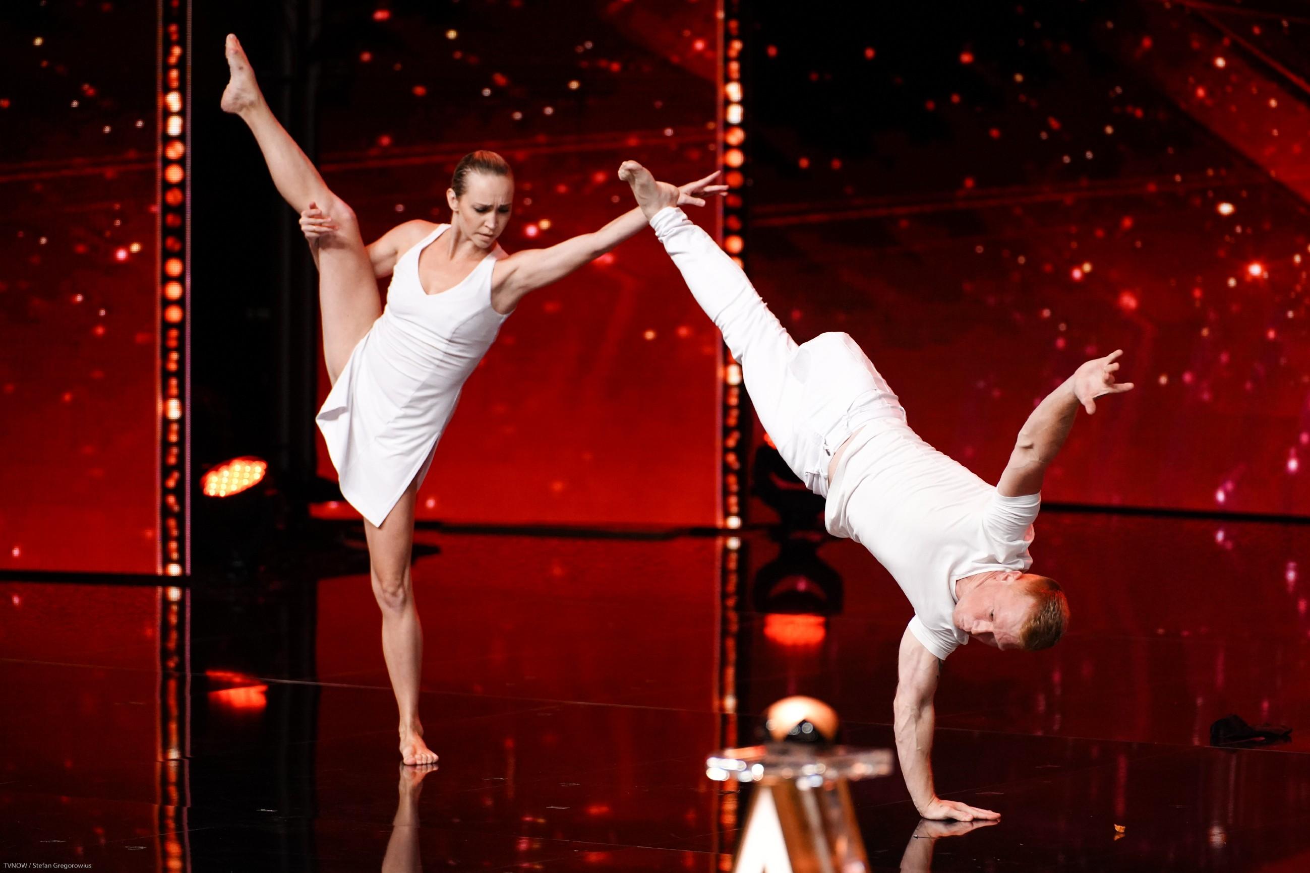 Sarah Lombardi, Bruce Darnell (l.) und Dieter Bohlen suchen nach dem außergewöhnlichsten und spektakulärsten Unterhaltungstalent.