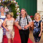 Bauer sucht Frau - Sven mit Katrin, Alina und Anke