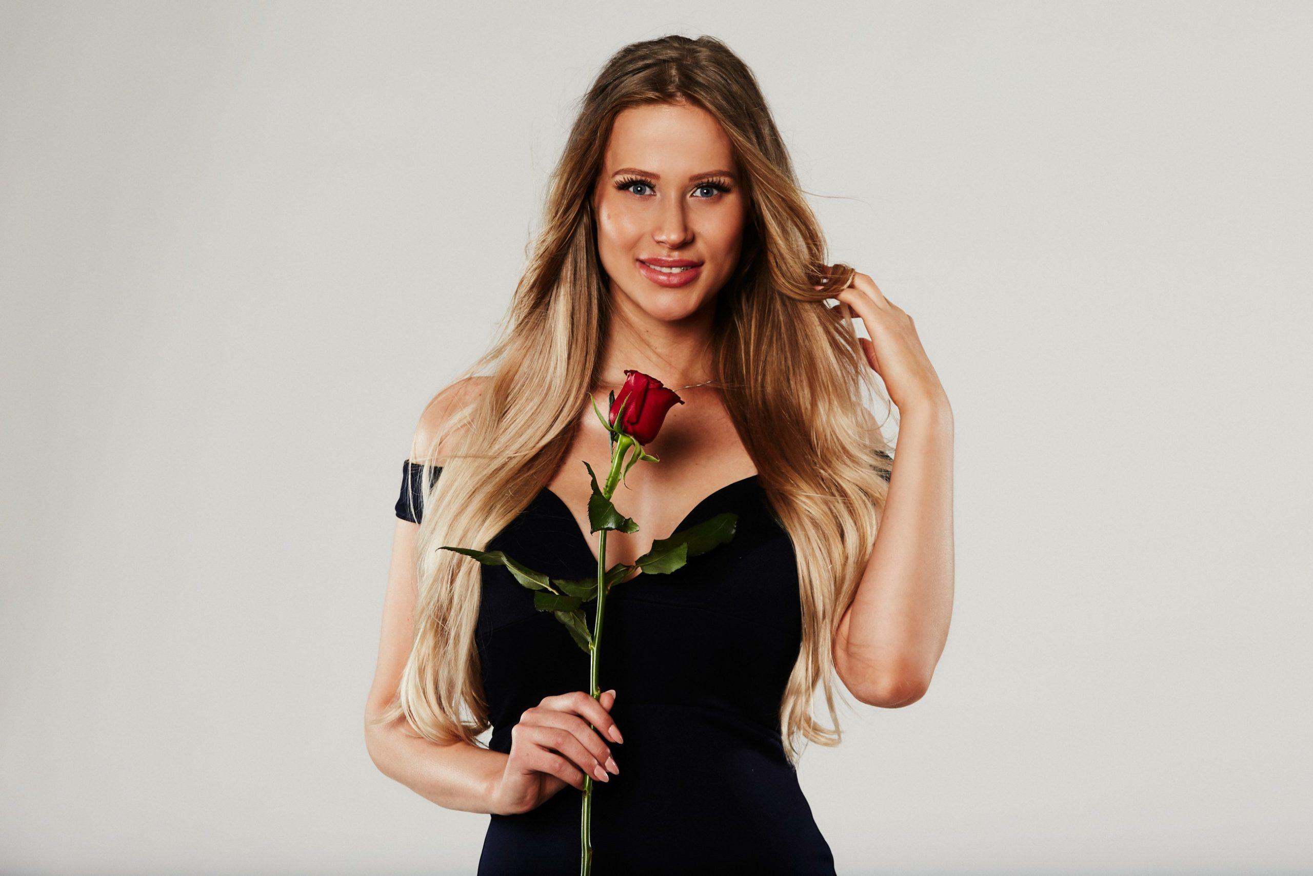 22 flirt- und kampfbereite Single-Damen sind nach Mexiko gereist, um Sebastian den Kopf zu verdrehen. Wer hat die bessere Strategie?