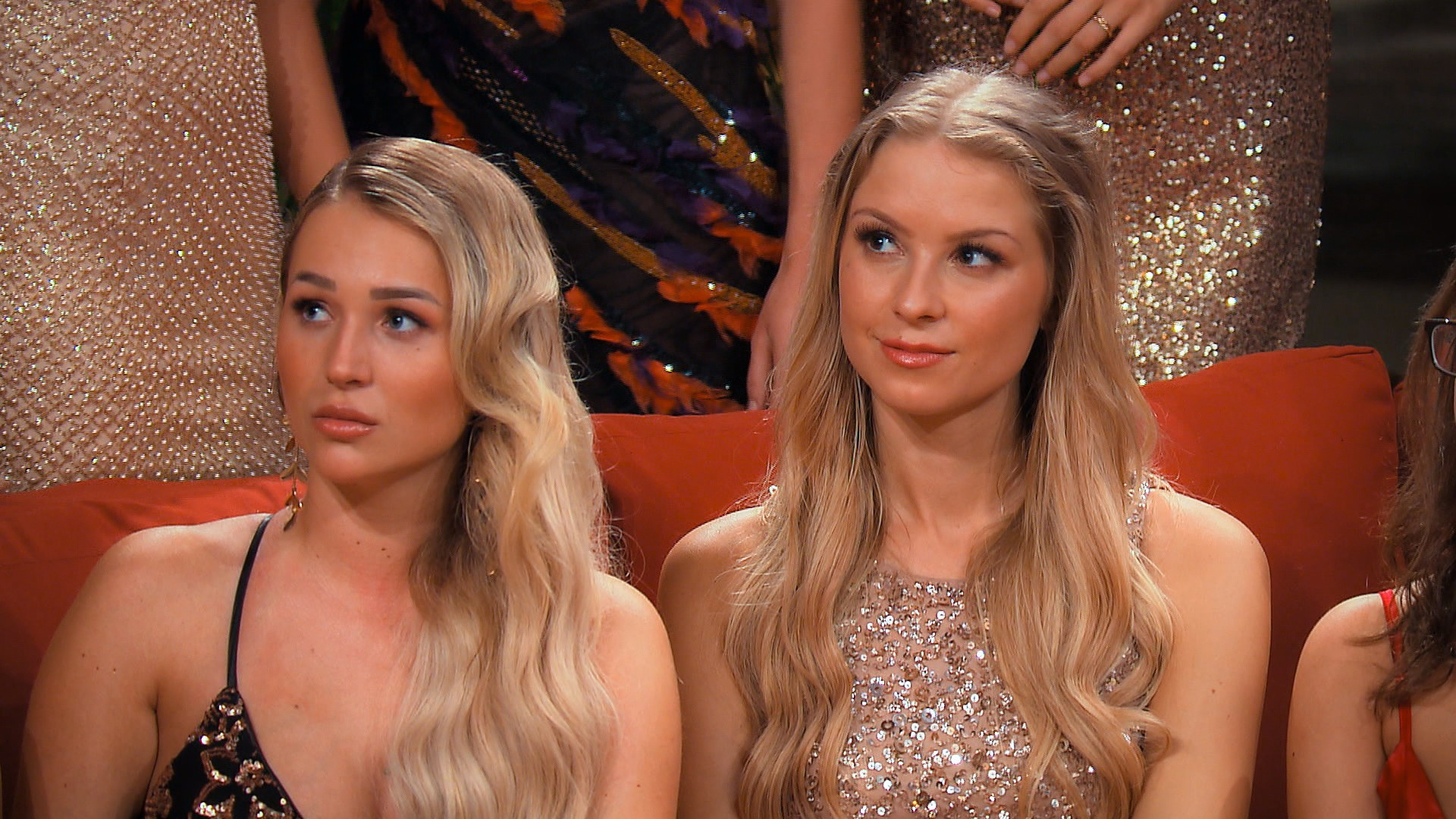 Der Bachelor 2020 Folge 1 - Birgit und Rebecca