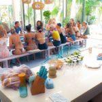 Der Bachelor 2020 Folge 2 - Sebastian besucht die Frauen in ihrer Villa