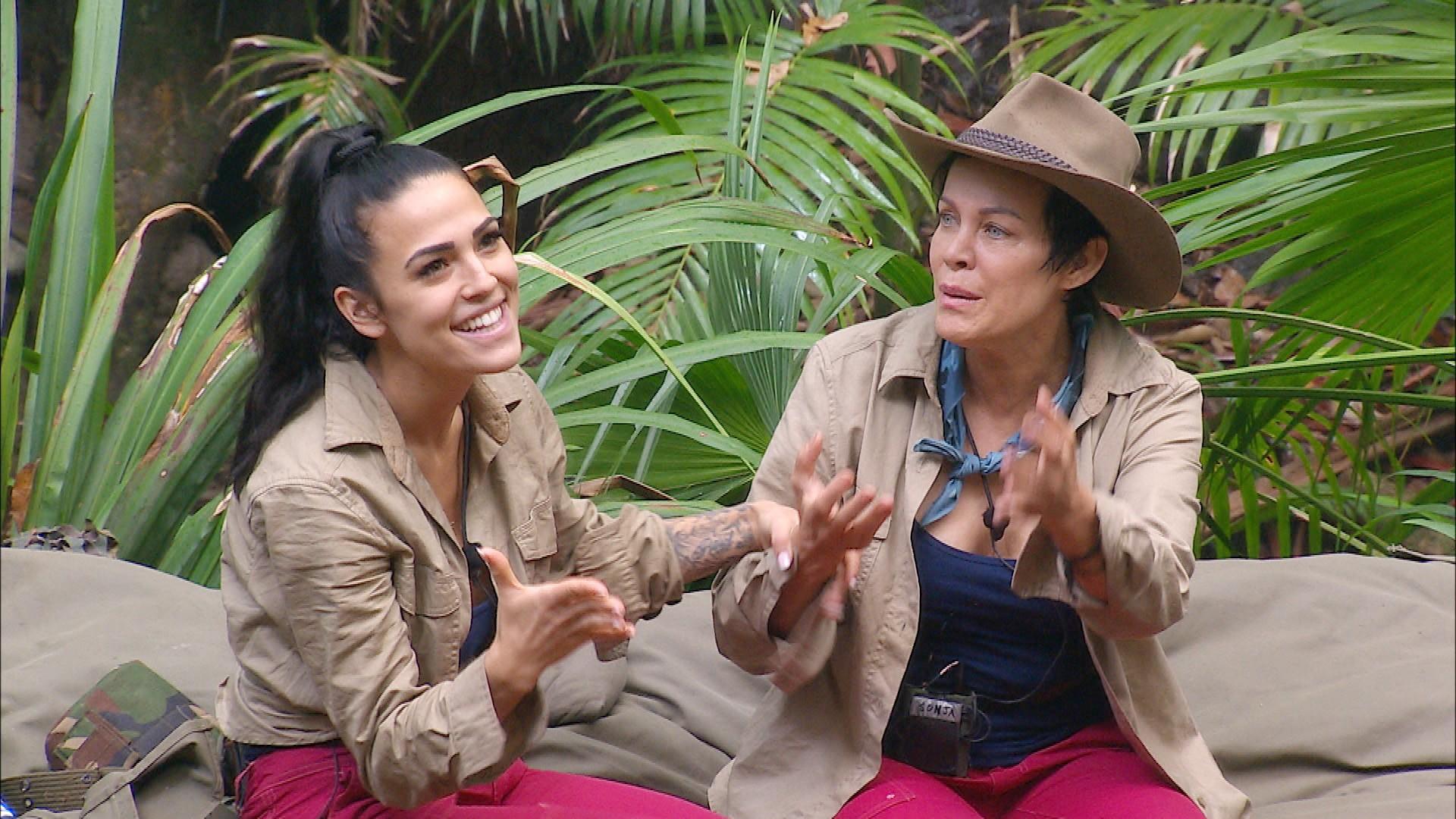 Dschungelcamp 2020 Tag 7 - Elena Miras