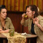 Dschungelcamp 2020 Prüfung Tag 7 - Danni Büchner trinkt Elena Miras den Kuhurin weg