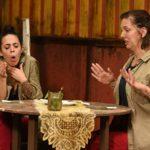 Dschungelcamp 2020 Prüfung Tag 7 - Elena und Danni essen Sachertorte