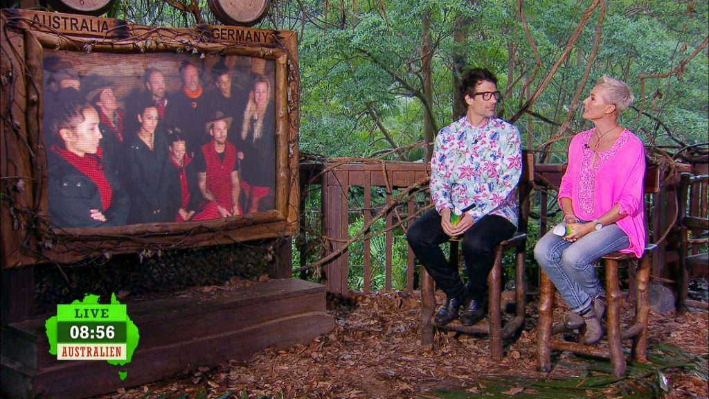 Das gab's noch nie: Die Dschungel-Stars erfahren zum ersten Mal von Sonja Zietlow und Daniel Hartwich nicht im Campzentrum, wer von ihnen den Dschungel verlassen muss, sondern im Dschungeltelefon.