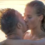 Der Bachelor 2020 Folge 6 - Sebastian und Leah küssen sich