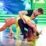 Let's Dance 2020 Show 1 - Moritz Hans und Renata Lusin tanzen Cha Cha Cha