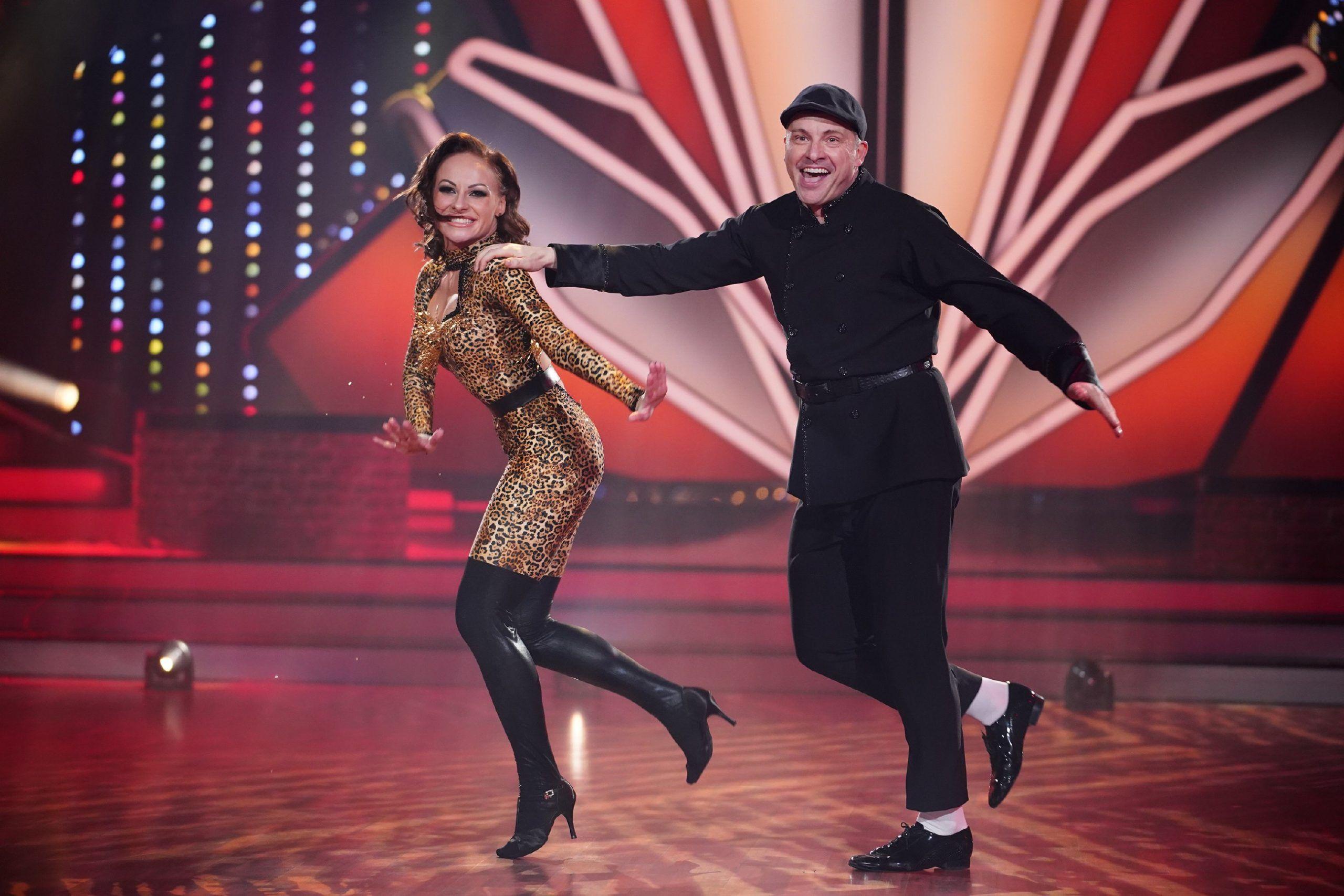 Let S Dance 2020 Show 2 Martin Klempnow Und Marta Arndt Starsontv