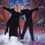 Let's Dance 2020 Show 3 - Ilka Bessin und Erich Klann tanzen Rumba