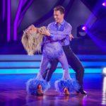 Let's Dance 2020 Show 5 - Ulrike von der Groeben und Valentin Lusin tanzen Cha Cha Cha