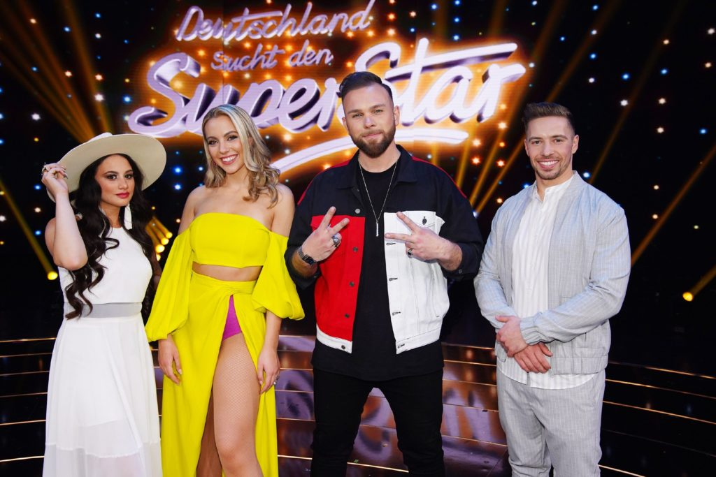 Die vier DSDS-Finalisten. V.l.: Chiara D_Amico, Paulina Wagner, Joshua Tappe und Ramon Kaselowsky-Roselly.