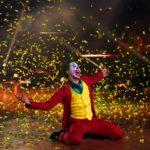 """Let's Dance 2020 Show 8 - Der Opening-Tanz der Profitänzer mit Valentin Lusin als """"Joker"""""""