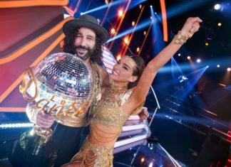 """Lili Paul-Roncalli und Massimo Sinató haben gewonnen. Die Artistin ist """"Dancing Star 2020""""."""