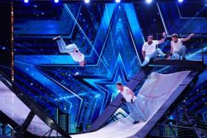 """Das Supertalent 2020 Show 1 - """"The Catwall Acrobats"""" - Trampolin-Akrobaten aus Münster"""