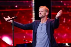 Das Supertalent 2020 Show 2 - Wolfgang Edelmayer - Sänger aus Berlin