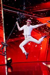 Das Supertalent 2020 - Oscar Hannibal Kaufmann - Pole-Akrobat aus Berlin