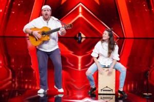 Das Supertalent 2020 - Charly Gitanos und Noelia - Musiker aus Stuttgart