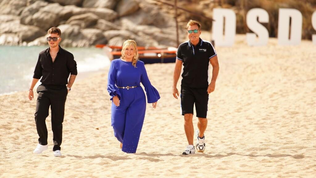 """Die Jurymitglieder Mike Singer (l.), Maite Kelly und Dieter Bohlen am vierten Set des Auslands-Recalls, dem """"Super Paradise Beach""""."""