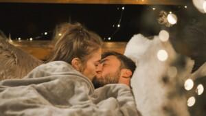 Der Bachelor 2021 Folge 5 - Mimi und Niko küssen sich