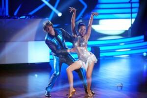 Let's Dance 2021 Show 1 - Mickie Krause und Malika Dzumaev tanzen Cha Cha Cha