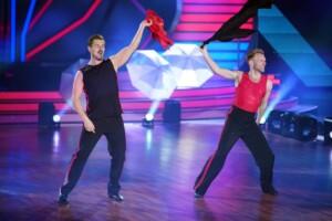 Let's Dance 2021 Show 1 - Nicolas Puschmann und Vadim Garbuzov tanzen Cha Cha Cha