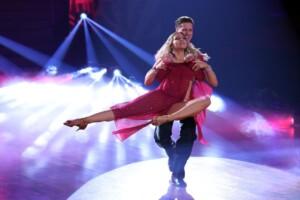 Let's Dance 2021 Show 3 - Valentina Pahde und Valentin Lusin tanzen Rumba