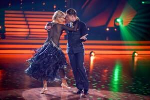 Let's Dance 2021 Show 7 - Valentina Pahde und Valentin Lusin tanzen Wiener Walzer