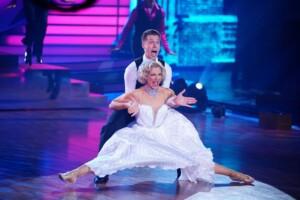 Let's Dance 2021 Finale - Valentina Pahde und Valentin Lusin tanzen ihren Final-Freestyle
