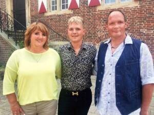 Schwiegertochter gesucht 2021 - Nico mit Mama Susanne und Papa Jörg
