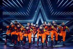 "Das Supertalent 2021 Show 1 - Nikola Kurova und ""Power of Fire"""