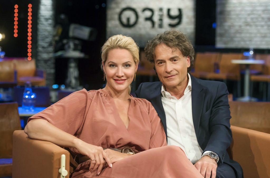 Judith Rakers und Giovanni di Lorenzo freuen sich auf spannende Gäste.
