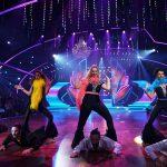 """Let's Dance 2017 Show 7 - Das Team """"Mamma Mia"""" präsentiert seinen Team-Tanz"""