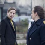 Die Brücke III - Die beiden Polizeichefinnen Linn (Maria Kulle) und Lillian (Sarah Boberg) an einem Tatort.