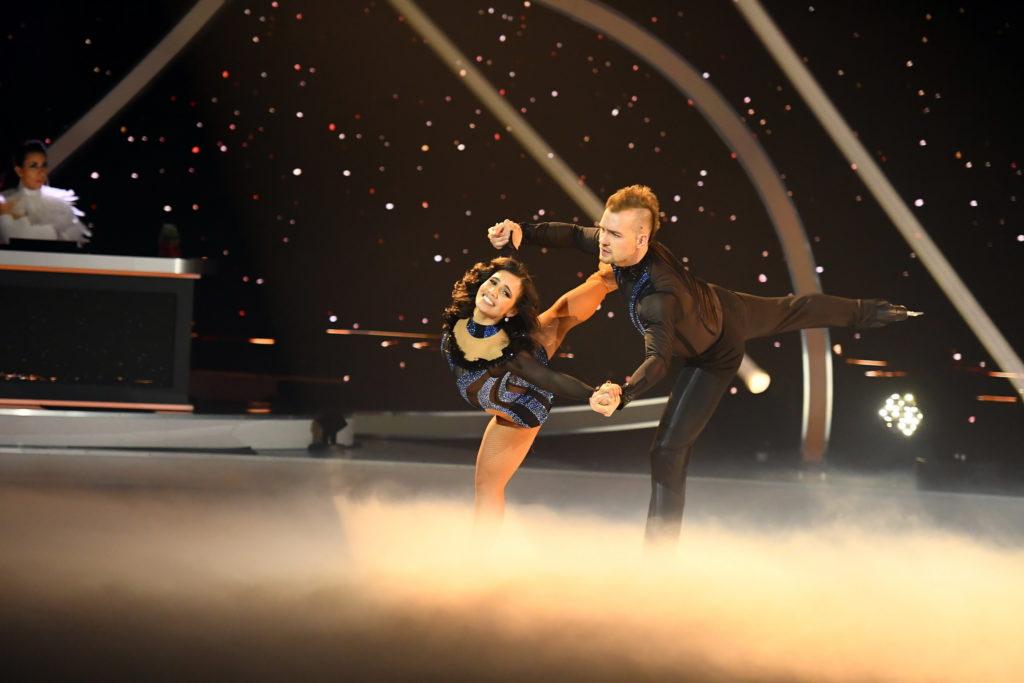 Dancing on Ice 2019 Finale - Eric Stehfest und Amani Fancy bei ihrer ersten Kür