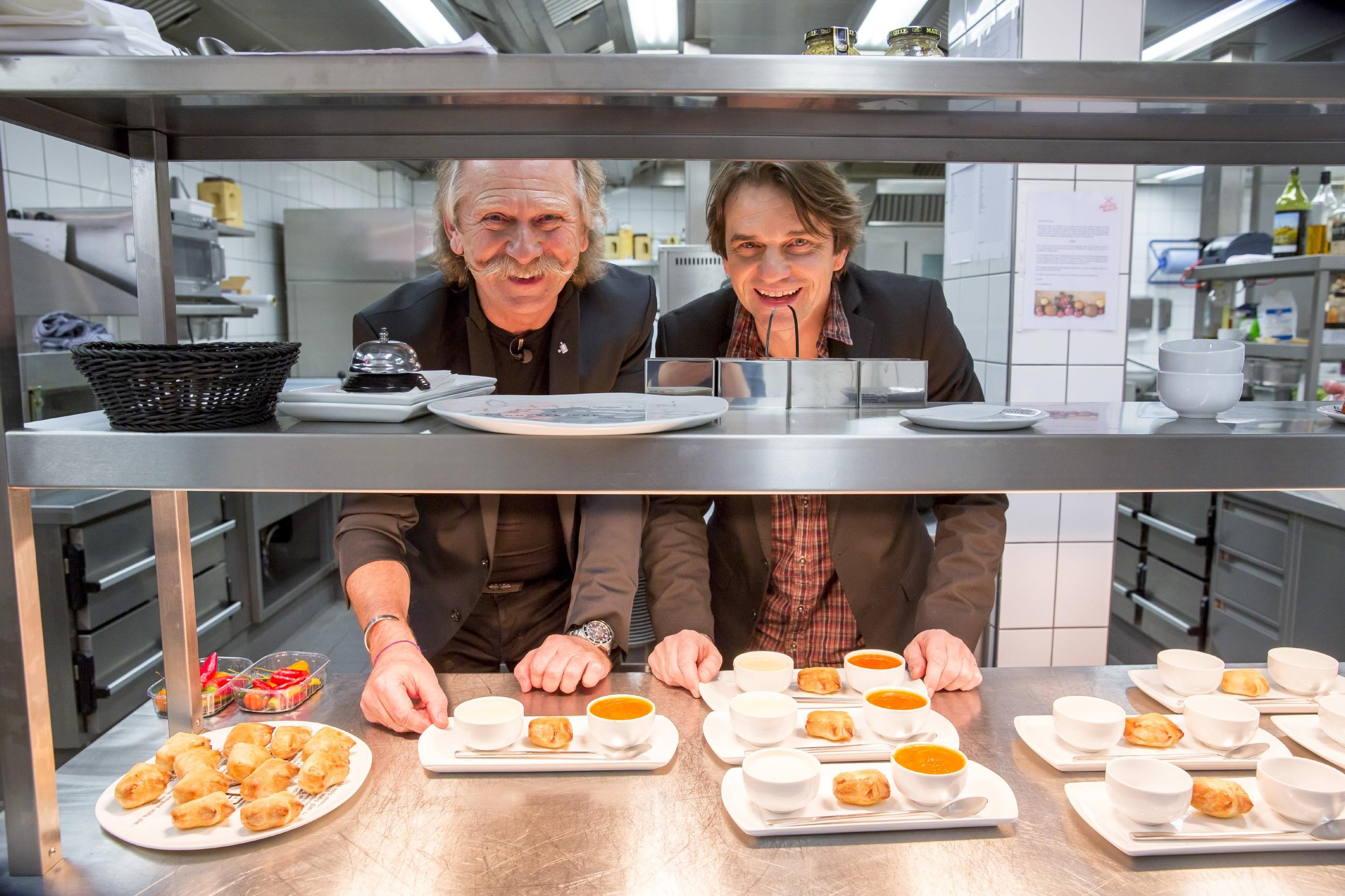 Promi Dinner Karneval Spezial - Henning Krautmacher und Hannes Schöner