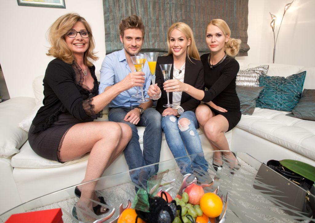 V.l.: Maren Gilzer, Jörn Schlönvoigt, Angelina Heger, Sara Kulka