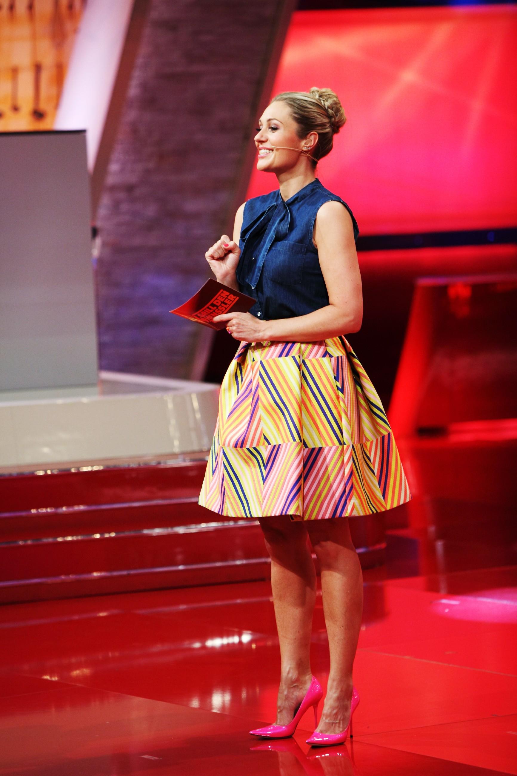 Grill Den Henssler 2016 Folge 3 Moderatorin Ruth Moschner Stars
