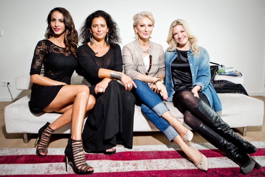 V.l.: Janina Youssefian, Sandra Speichert, Desiree NIck, Jessica Kastrop