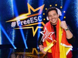 Nico Santos gewinnt für Spanien den Free European Song Contest.