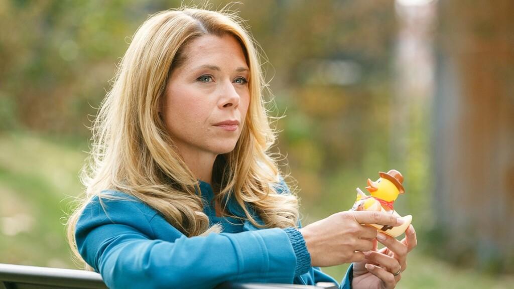 Diana (Tanja Szewczenko) betrauert das Ende ihrer Beziehung mit Ingo.
